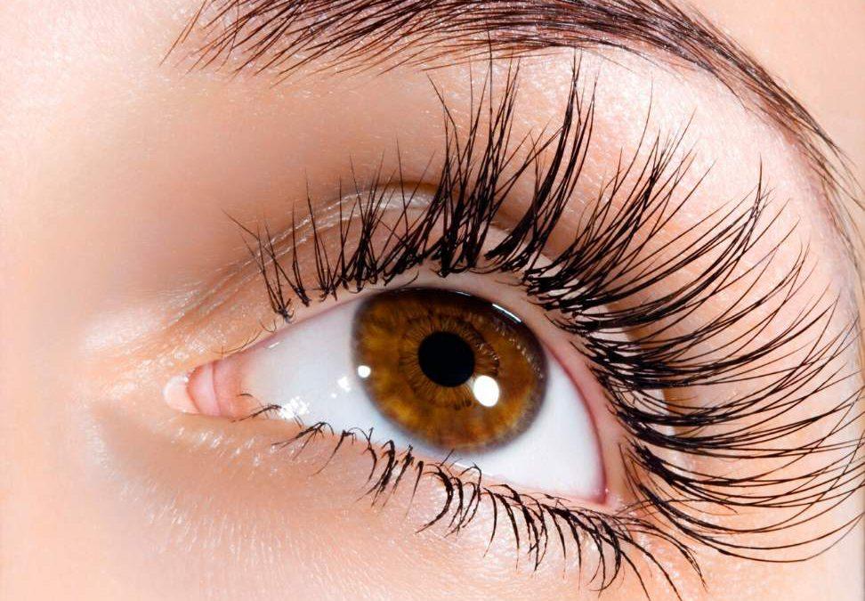 Retix.C Eye – zabieg stymulująco – złuszczający na okolicę oczu